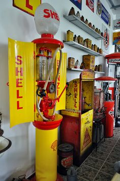 1930 Gas Pump | Shell Gas Station Pump