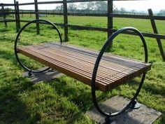 I love this garden bench!