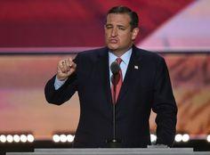 Derrotado por Donald Trump nas prévias do partido, o republicano Ted Cruz finalmente anunciou seu apoio ao magnata nesta sexta-feira (23), dois meses depois de tê-lo humilhado na Convenção Nacional do partido.