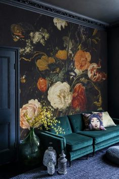 That accent wall is what I desire in life. Its grasps the attention but yet isnt so dark where it make the mood dreary. Focal point #furnituredesigns Art Et Design, Home Design, Paper Design, Living Room Furniture, Living Room Decor, Living Room Sofa, Living Rooms, Apartment Living, Velvet Furniture