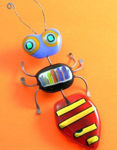Fused Glass Bug . . . (Should ask a friend to make this for me! :-))