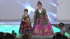 Showbiz Korea - Idol Groups at a Hanbok Fashion Shows