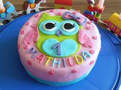 Mathildas Geburtstagstorte zum ersten Geburtstag. Happy Birthday