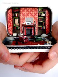 221B Baker Street Altoids style tin / Sherlock Holmes miniature