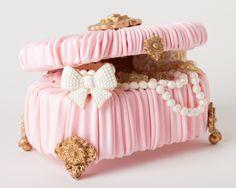 jewelry box cake precious!