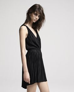maje fall 2013   so simple! and I love her messy hair.