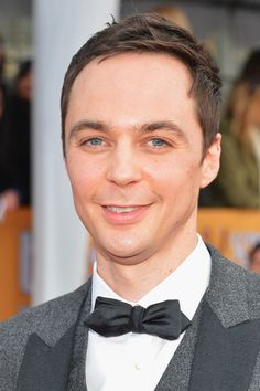 Jim Parsons is so fricking beautiful it hurts.