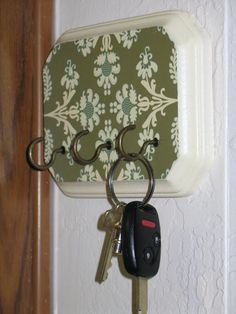 Sew Much Ado: Key Holder Tutorial :: idea for that small oval plaque I have no idea what to do with. Home Projects, Craft Projects, Craft Ideas, Diy Ideas, Creative Ideas, Sewing Projects, Decorating Ideas, Cute Crafts, Diy Crafts