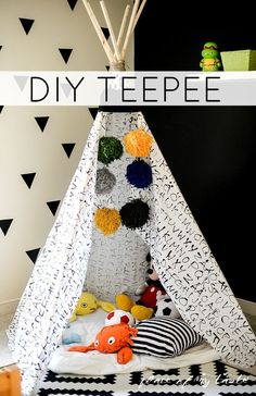 Cute DIY teepee for the kids! How FUN is this DIY TEEPEE? Used an old bed sheet and made some giant pom-poms… Diy Tipi, Diy Gifts For Kids, Diy For Kids, Crafts For Kids, Old Bed Sheets, Old Beds, Decoration, Playroom, Diy And Crafts