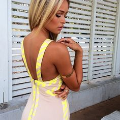 yellow and gray casual dress Fashion 101, Love Fashion, Fashion Beauty, Fashion Outfits, Vegas Fashion, Barbie Hair, Dress Me Up, Dress Girl, Vegas Style