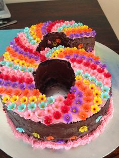 Cute cake for 6 year old, don't have one anymore...have to use this concept for an 8!! 6th Birthday Cakes, Birthday Fun, 9 Year Old Girl Birthday, Birthday Cake Girls, 6th Birthday Parties, October Birthday, Birthday Ideas, Occasion Cakes, Girl Parties
