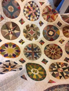Every Last Piece - feature quilt - Circular Reasoning | Favorite ... : country carriage quilts - Adamdwight.com