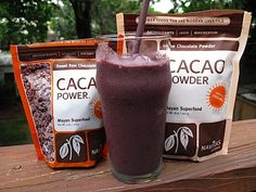 cacao smoothie with cacao powder, banana, blueberries, nut butter, almond milk and cacao nibs. YUM.