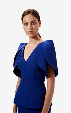 Lotus Top– Safiyaa Couture Dresses, Fashion Dresses, Structured Fashion, Sleeves Designs For Dresses, Fashion Details, Fashion Design, Professional Outfits, Dress Sewing Patterns, Mode Style