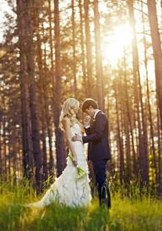 How to plan a wedding in the woods, for the rustic bride...OMG, I loveeee this!!! Absolutely perfect.