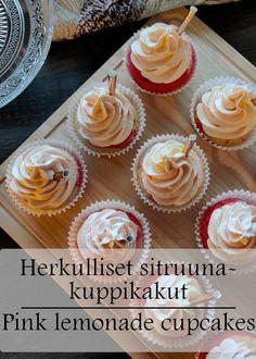 Raikasta sitruunaa ja valkosuklaata, lemon curd inside Pink Lemonade Cupcakes, Lemon Cupcakes, Lemon Curd, Potato, Tasty, Desserts, Food, Drink, Lemon Cookies