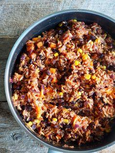 Fylte paprika med ris og bønner (vegetar) Chili, Soup, Chile, Soups, Chilis