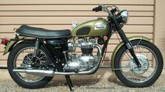 motorcycle photo gallery, triumph motorcycle pictures, motorcycle photos