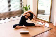 The virtual yoga studio is the sustainable yoga business of the future. Here are 7 tips to explore teaching yoga online.