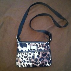 🔴SOLD🔴 Nine West Handbag I ❤ this bag! Used but still in GREAT condition! $12 through PayPal, shipping included! Nine West Bags