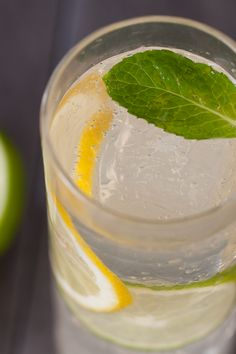 #Epicure Citron Gin & Tonic Fancy Drinks, Easy Cocktails, Summer Drinks, Gin And Tonic, Alcoholic Drinks, Recipies, Spices, Healthy Recipes, Simple