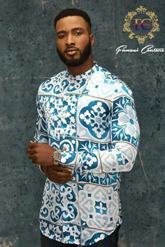 African Inspired Fashion, African Print Fashion, Fashion Prints, Nigerian Men Fashion, Mens Fashion, African Shirts Designs, Modern African Clothing, African Wear, African Outfits