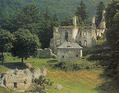 Slovakia, Sklabiňa - Castle