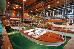 ボートのコレクションを見て暮らせる湖畔の邸宅 - WSJ.com
