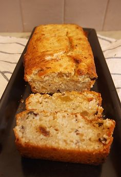 cake-a-la-compote cake compote sans gluten sans lactose Gateaux Vegan, Patisserie Sans Gluten, Mini Cakes, Banana Bread, Deserts, Food Porn, Brunch, Healthy Recipes, Snacks