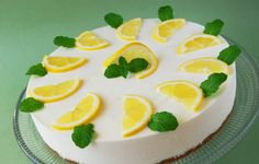 Érdekel a receptje? Kattints a képre! How To Squeeze Lemons, Powdered Sugar, Gelatin, Melted Butter, Cakes And More, Sour Cream, Panna Cotta, Cheesecake, Deserts