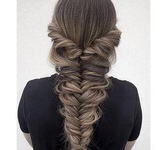Pinterest ----> //DarkFrozenOcean\\ #tumblr #hair #locks #highlights #long…