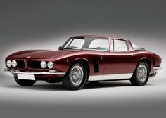 Iso Rivolta Grifo - Styling by Giorgetto Giugiaro at Bertone with mechanicals by Giotto Bizzarini - not widely appreciated but a timeless example of italian GT styling.