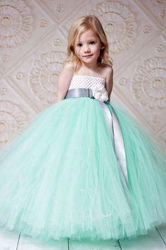 Detalles en color menta para boda o xv años