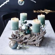 Stumpenkerze Rustic, x mintgrün - Depot DE Christmas Advent Wreath, Christmas Candles, Noel Christmas, Handmade Christmas, Christmas Arrangements, Christmas Centerpieces, Xmas Decorations, Advent Candles, Theme Noel