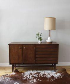 Chicago: Mid Century Credenza $300 - http://furnishlyst.com/listings/312308