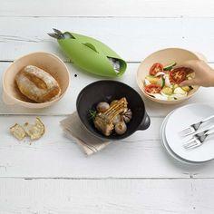 3. Sposób rybę w soli. Włóż rybę do naczynia, obsyp obficie solą dodaj przyprawy oraz odrobinę oliwy. Wstaw do rozgrzanego piekarnika na ok. 20-30 min.  Więcej znajdziesz na mykitchen.pl #kuchnia #homedecor #zdrowegotowanie
