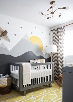 Our friends at Houzz are here to share their top nursery tips! | via The Honest Company Blog