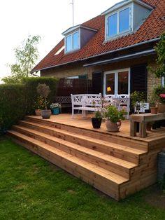 Garden Steps, Garden Yard Ideas, Backyard Patio Designs, Deck Stairs, Outdoor Spaces, Outdoor Decor, Deck Design, Exterior, Pictures