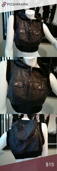 Crop Jacket Crop hoody jacket zips in front in No holes or rips Good Used Condition Last Kiss Jackets & Coats Vests