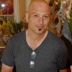 """Howie Mandel has been very open about his OCD.  He calls handrails his enemy.   Born: 1955  Birthplace: Willowdale, Toronto, Canada  Profession: Comedian, Television producer, Screenwriter, Actor, Voice acting + 1 more  Height: 5'10""""  Medical Conditions: Mysophobia"""