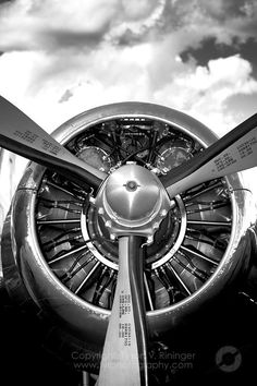 B&W Photograph of a DC-3 Radial Engine.