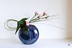 https://flic.kr/p/7HnBzq | Ikebana-182 | original Ikebana art, Japanese flower arrangement, by Baiko  to see more of Baiko's work please visit her galleries at  Zen-Images  for more information about Baiko and Sogetsu Ikebana visit our blog at Zen-Images Ikebana Blog   You can purchase fine art giclee prints of Baiko's creations at the Zen-Images Galleries at Imagekind