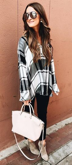 awesome fall outfit idea plaid shirt + bag + black skinnies + boots