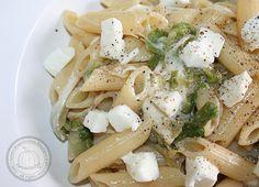 Penne with spicy cooked salad and mozzarella >> Penne saporite con insalata cotta e mozzarella