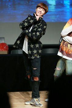 O tipo ideal do Tae são garotas de Gêmeos e de Aquário,por serem bem humoradas e terem uma personalidade única assim como ele
