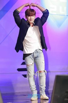 Bts Airport, Airport Style, Lee Min Woo, Shin Hye Sung, Eric Mun, Kim Dong, Boy Bands, Kpop, Twitter