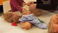 Habiller les poupées - Le blog de la maternelle Freinet