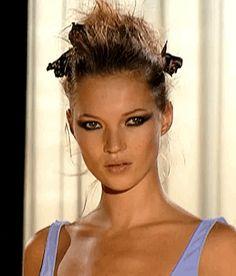 Makeup Inspo, Beauty Makeup, Hair Makeup, Kate Moss, Queen Kate, Original Supermodels, 90s Models, 90s Aesthetic, Eye Art