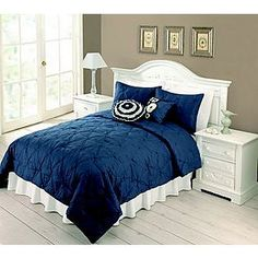 How is this for a bedspread for a Ravenclaw room?
