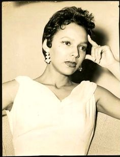 Dorothy Dandridge in What's on your mind, Dorothy? Old Hollywood Stars, Classic Hollywood, African American Movies, American Actors, Dorothy Dandridge, Vintage Black Glamour, Black Actresses, My Black Is Beautiful, Iconic Women